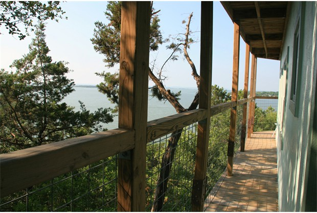More View of the deck on Lake Buchanan